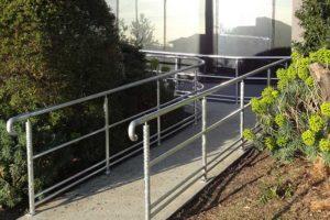 01-Handrails-and-Balustrades-Melbourne-Victoria-Dandenong-HWY-DSC00256-300x200