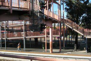 01-mechcon-case-study-balustrade-handrail-upgrade-vic-track-120x600px-300x200