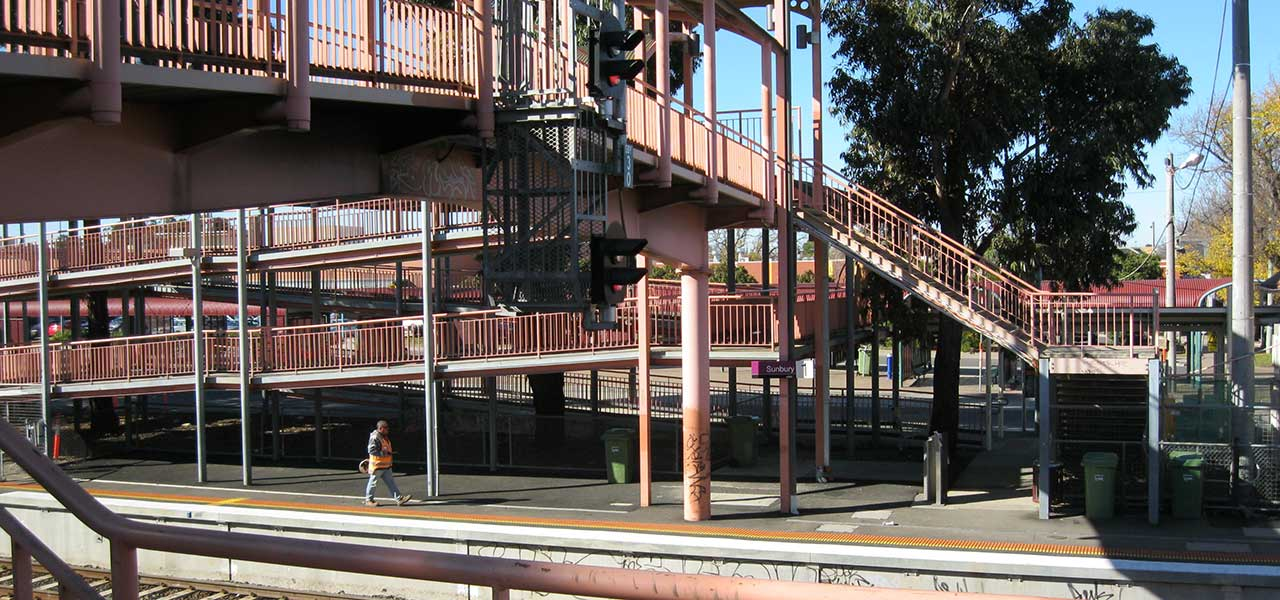 01-mechcon-case-study-balustrade-handrail-upgrade-vic-track-120x600px
