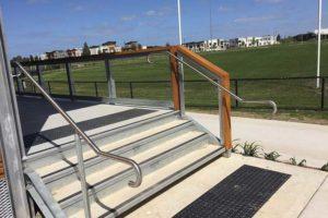 02-Handrails-and-Balustrades-Melbourne-Victoria-Laurimar-Pavilion-IMG_1426-300x200