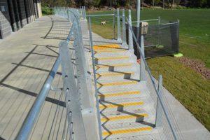 04-Handrails-and-Balustrades-Melbourne-Victoria-Sheridan-Pavilion-DSC_0027-300x200