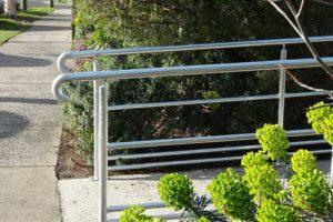 06-Handrails-and-Balustrades-Melbourne-Victoria-Dandenong-HWY-DSC00262-300x200