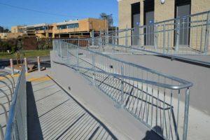 07-Handrails-and-Balustrades-Melbourne-Victoria-Sheridan-Pavilion-DSC_0033-300x200