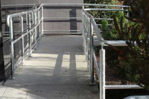 09-Handrails-and-Balustrades-Melbourne-Victoria-Dandenong-HWY-DSC00265-300x200