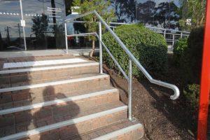 16-Handrails-and-Balustrades-Melbourne-Victoria-Dandenong-HWY-DSC00278-300x200