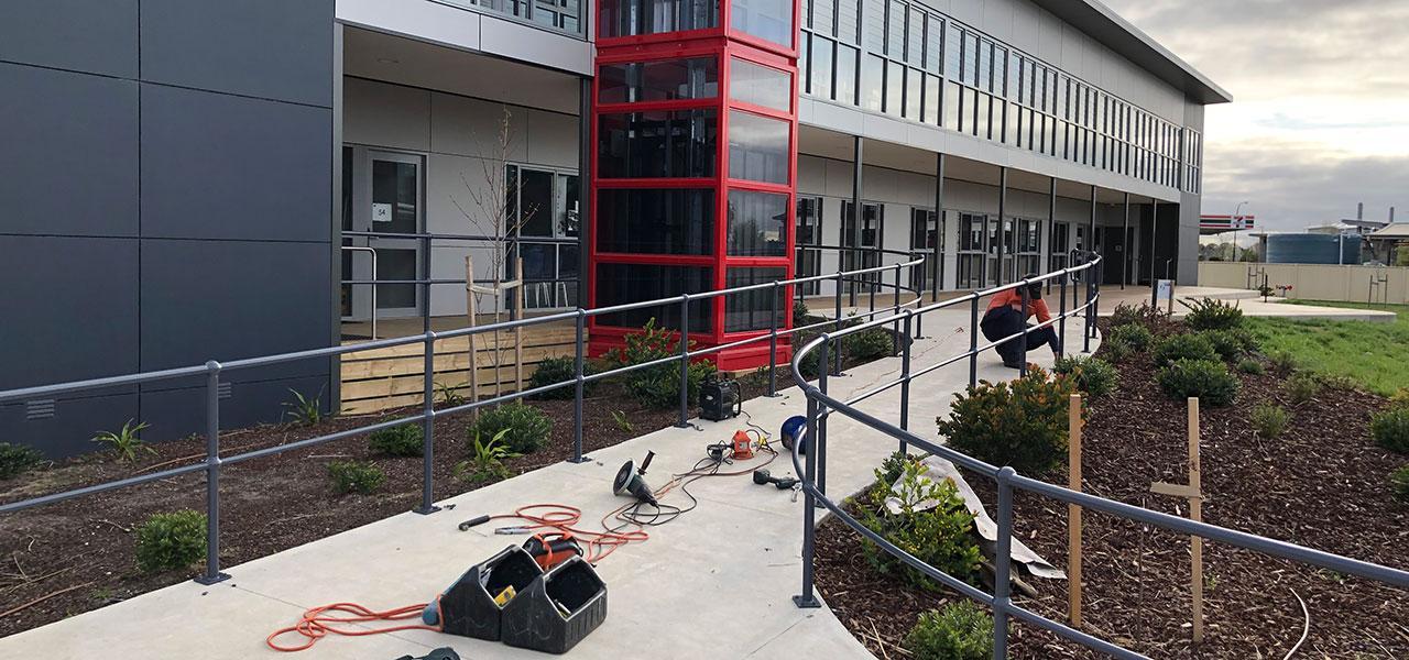Handrails-and-Balustrades-Catholic-Regional-College-Caroline-Springs-1280x600-IMG_2102