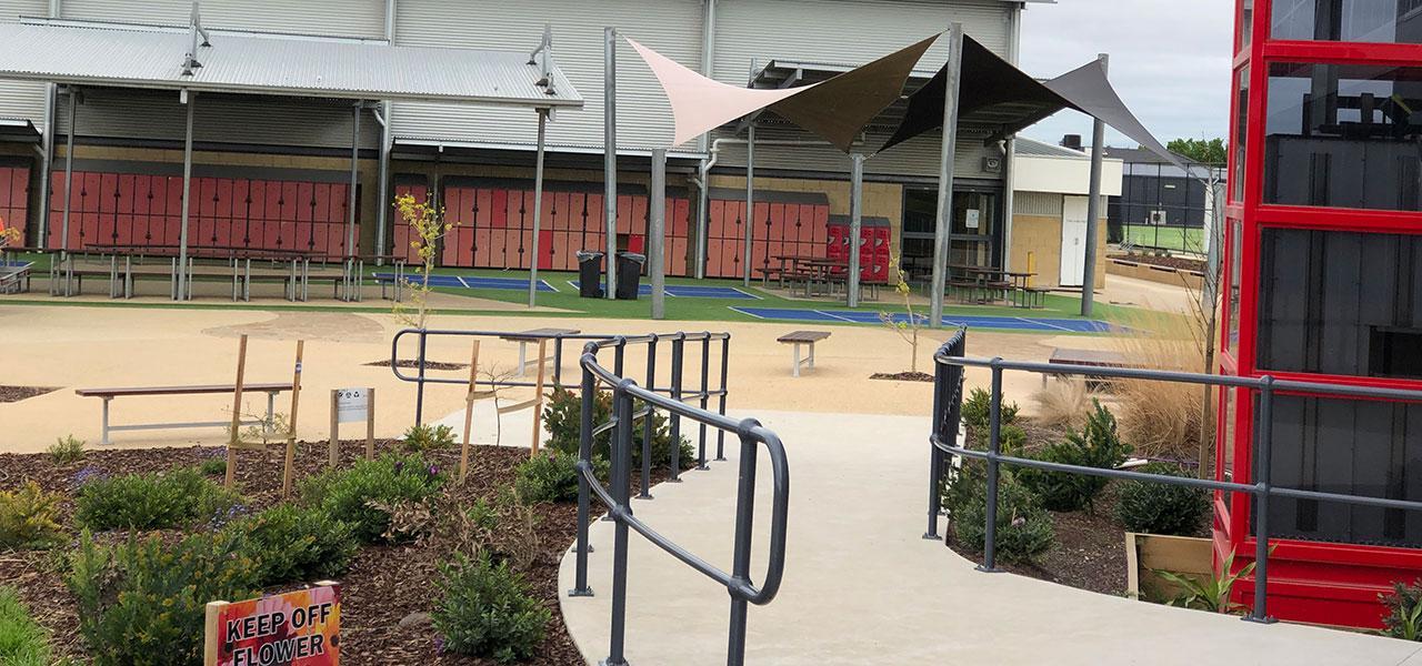 Handrails-and-Balustrades-Catholic-Regional-College-Caroline-Springs-1280x600-IMG_2110