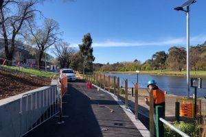 IMG_8343-Mechcon-Handrails-and-Balustrades-Melbourne-Victoria-Swan-Street-Widening-800x600-300x200