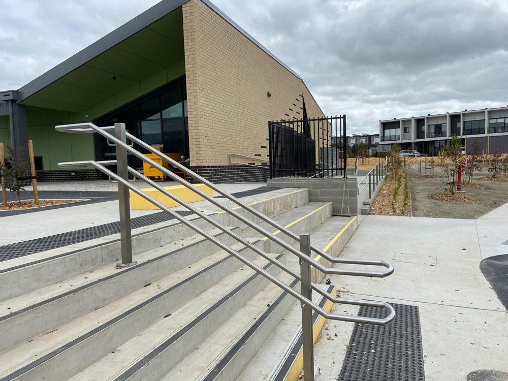 mechcon-edgars-creek-primary-school-–-victorian-school-metal-work-and-handrails-and-balustrades-Photo-11-10-20,-11-54-22-am