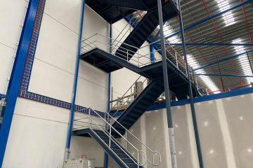 mechcon-steel-fabrication-handrails-balustrades-roof-plant-platforms-IMG_3261