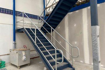 mechcon-steel-fabrication-handrails-balustrades-roof-plant-platforms-IMG_3262