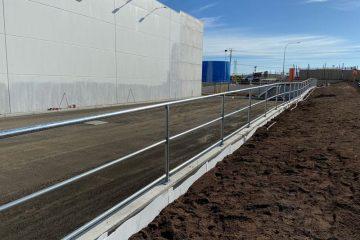 mechcon-steel-fabrication-handrails-balustrades-roof-plant-platforms-IMG_3706